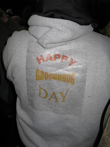 Հագուստի մակագրությունը` «Շնորհավոր Արջամկան օրը»:
